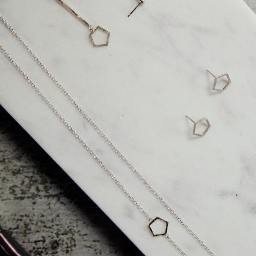vaessen walker designer custom handmade jewellery gold silver wedding engagement reading berkshire earrings